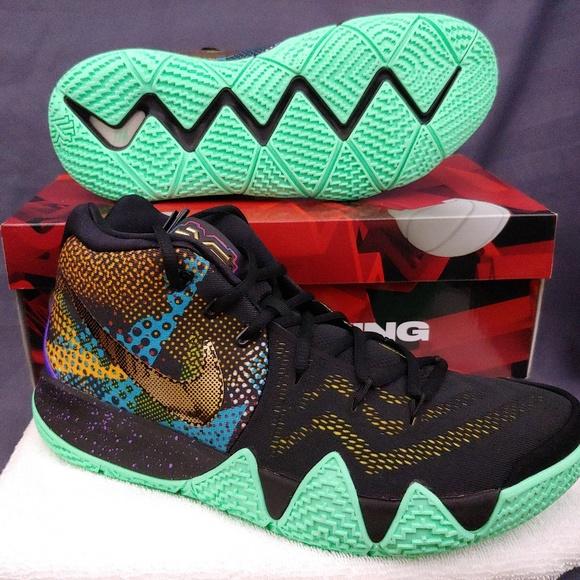 sports shoes 98421 06418 Nike Kyrie 4 Mamba
